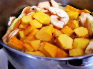Squash and Apples in Saucepan