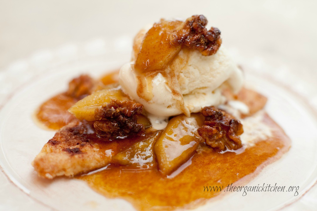 15 Min Apple Pie a la Mode by The Organic Kitchen