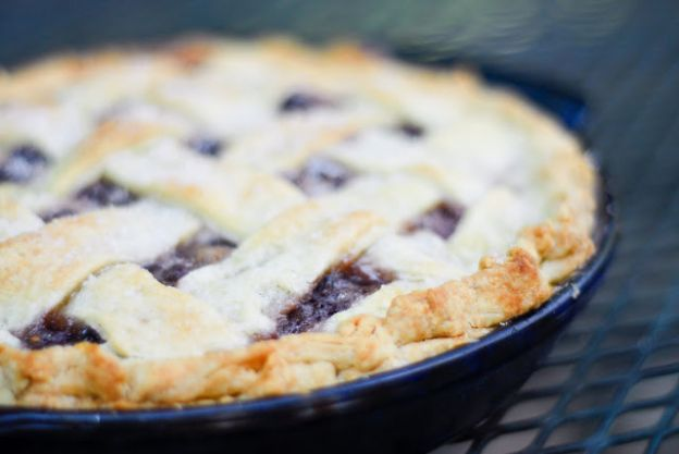 Flaky Pie Crust by Reformation Acres