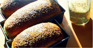 Bread with Frontier Sesame Seeds